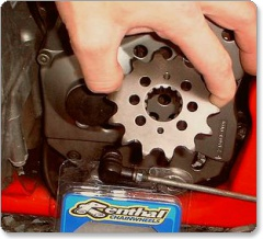 Renthal front sprocket Yamaha YZF R1 98-03